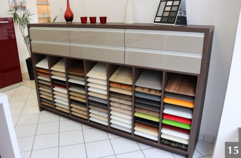 Vzorky materiálů a barev do interiérů