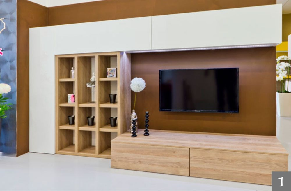 Obývací stěna se spoustou úložného prostoru