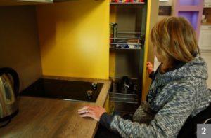 Úložné prostory v kuchyni pro hendikepované