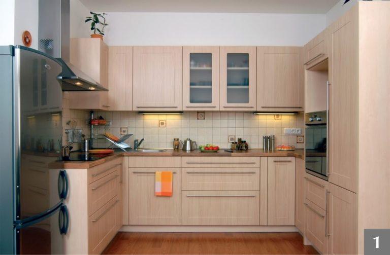 Klasická svétlá kuchyně na míru od firmy Válek & Kačena