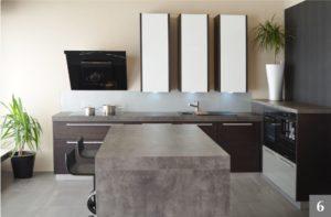 Nadčasová kuchyně v kombinaci s betonem